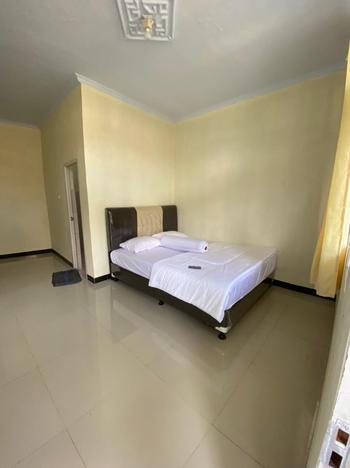 Mitra Grand House Syariah Serang - Standard Room Basic Deal