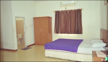 Arofah Hotel Tabalong - Deluxe Room - Promo PEYUK Regular Plan