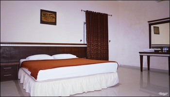 Arofah Hotel Tabalong - Standard Room Regular Plan