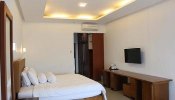 Ratu Homestay Malang Malang - Deluxe King Room Only Regular Plan