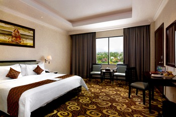 Hermes Palace by BENCOOLEN Banda Aceh - Deluxe Room Regular Plan