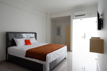 KoolKost Syariah near Kawasan Industri Candi Gatot Subroto Semarang - KoolKost Deluxe Room Basic Deal