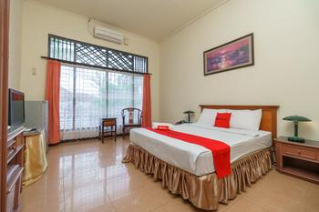 RedDoorz near Transmart Pangkal Pinang Pangkalpinang - RedDoorz Deluxe Room Basic Deal