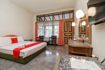 RedDoorz near Transmart Pangkal Pinang Pangkalpinang - RedDoorz Premium Room Basic Deal