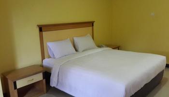 Labuan S'Rizki Hotel Pandeglang - Business Room Regular Plan