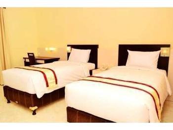 Istana Hotel Jember - Deluxe Room Regular Plan
