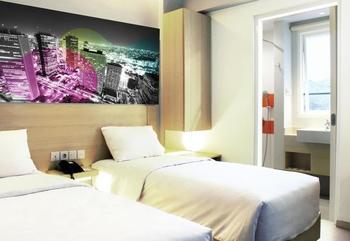 Cleo Hotel Walikota Surabaya - Biz Twin Room Regular Plan
