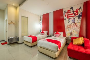 Capital O 1570 Hotel Promenade Cihampelas Bandung - Suite Twin Regular Plan