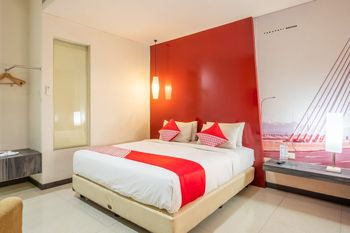 Capital O 1570 Hotel Promenade Cihampelas Bandung - Suite Double Regular Plan