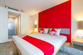 OYO Flagship 760 Oasis Kuta Bali - Standard Double Room Regular Plan