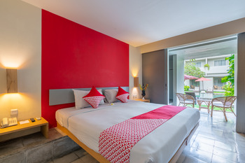 OYO 760 Flagship The Oasis Bali - Deluxe Double Room Regular Plan