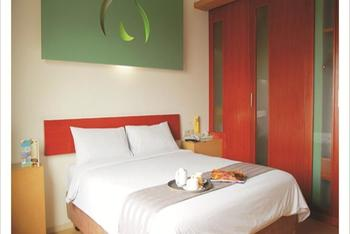 Sparks Hotel Mangga Besar Jakarta - Deluxe Room With Breakfast Regular Plan