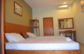 Sunshine Bungalow & Restaurant Bali - Deluxe Room Regular Plan