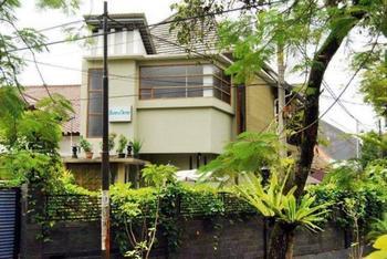 Bumina NieNie Guest House