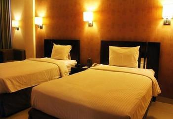Naval Hotel Bandung - Deluxe Twin Room Only Regular Plan