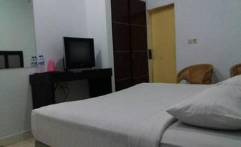 Wisma Syariah Harikita Medan - Deluxe Double Room Only Regular Plan