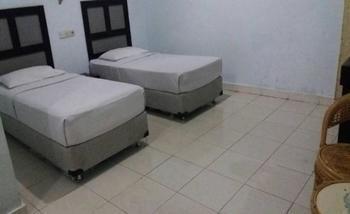 Wisma Syariah Harikita Medan - Deluxe Twin Room Only Regular Plan