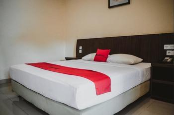 RedDoorz Plus @ Suryakencana Kota Sukabumi Sukabumi - RedDoorz Room AP 7