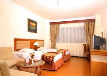 Blue Atlantic International Hotel Banjarmasin - Deluxe Room Only Regular Plan