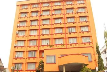 New Resty Menara Hotel