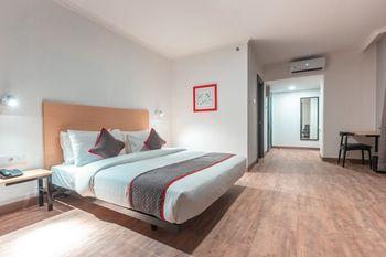 OYO Town House 2 Hotel Gunung Sahari Jakarta - Deluxe Double Room Regular Plan