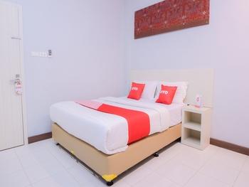 OYO 2018 Ring Road Guest House Syariah Banda Aceh - Deluxe Double Room Regular Plan