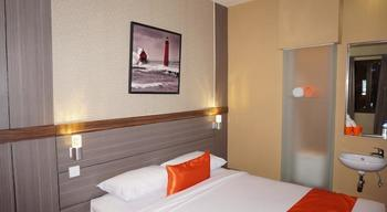 Ekon Hotel Yogyakarta - Superior Room with Breakfast Regular Plan