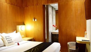 Ekon Hotel Yogyakarta - Standard - Room Only Regular Plan