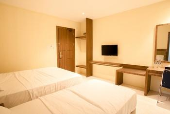 AK Hotel Nagoya Hill Batam - twin deluxe Regular Plan