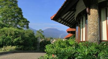 Novus Giri Resort & Spa