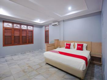 OYO 89999 Hotel Bumi Kedaton Resort Bandar Lampung - Deluxe Double Room Promotion
