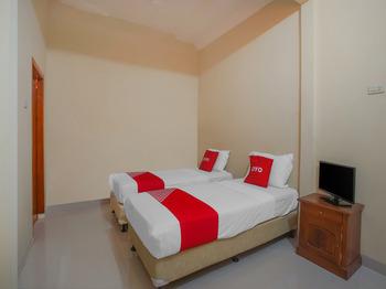 OYO 89999 Hotel Bumi Kedaton Resort Bandar Lampung - Standard Twin Room Promotion