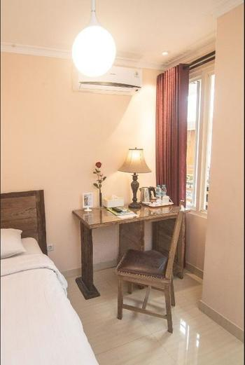 Front One Boutique Baluran Malang Malang - Superior Room Include Breakfast PROMO GAJIAN