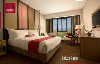 Emersia Hotel And Resort Batusangkar Tanah Datar - Deluxe Room Only Regular Plan