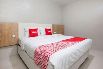 OYO 1677 Gapura Hotel Danau Toba - Standard Double Room Last Minute Deal