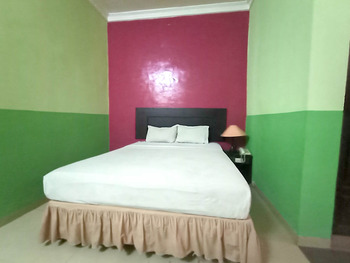 OYO 3031 Hotel Regenerasi Banjarmasin - Standard Double Room Regular Plan