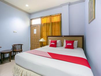OYO 3031 Hotel Regenerasi Banjarmasin - Suite Double Room Regular Plan