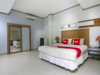 OYO 3031 Hotel Regenerasi Banjarmasin - Suite Family Room Regular Plan