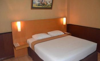 Violand Garden Hotel Samarinda - Deluxe Room Regular Plan
