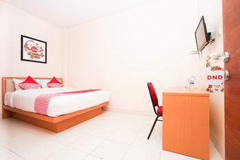 OYO 782 Semampir Residence At Citraland Surabaya - Standard Double Room Regular Plan
