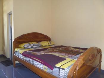 Lawang Sari Homestay Probolinggo - Economy Room Regular Plan