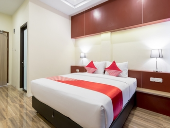 OYO 727 Merlion Hotel Medan - Suite Double Regular Plan