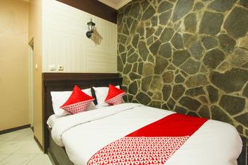 OYO 820 Abad Baru Hotel Pangandaran - Standard Double Room Regular Plan