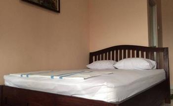 Canary Guesthouse Jogja Yogyakarta - Standard AC Regular Plan