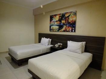 Apple Green Hotel Batu Malang - Standard Room Only Regular Plan