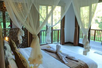 Tirta Loka Suite Bali - Suite Room Only Save More!