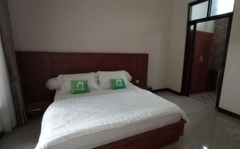 Citarum Homestay Syariah by Innapps Malang - Superior Room Only Regular Plan