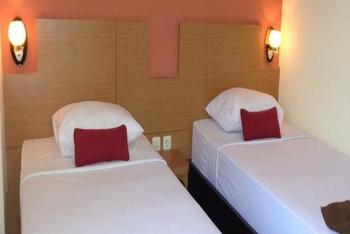 City Hotel Mataram - Deluxe Room Only 2 Pax Regular Plan