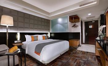 Aston Pasteur Bandung - Superior Room With Breakfast Regular Plan
