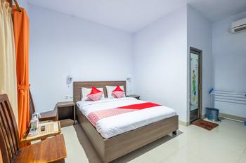 OYO 943 Hotel Azalea Syariah